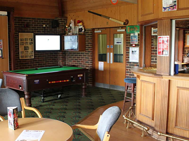 Clubhouse-&-Bar